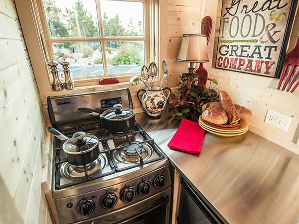 Are You Concerned About Maintaining Your Culinary Pions In A Tiny House Rv Well Don T Worry Cooking Kitchen Is The Same As