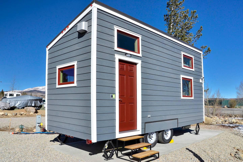 Roanoke 20 Tiny House Rental