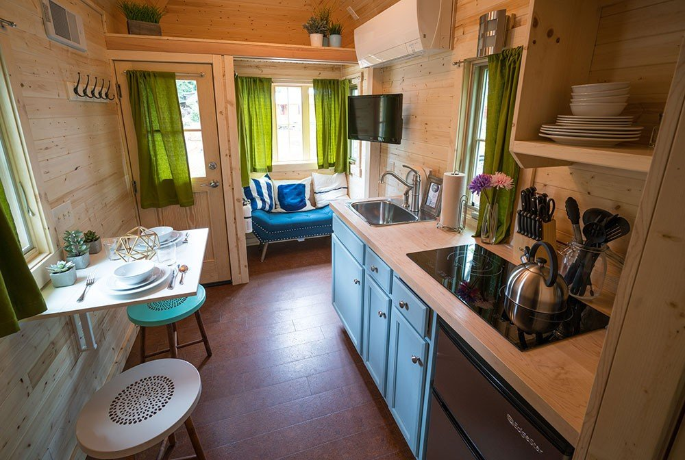 Tumbleweed Tiny House Cypress   Zoe